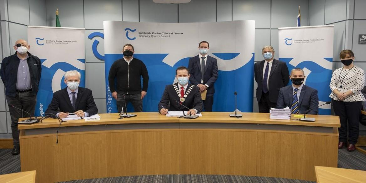 Mullinahone Contract Signing